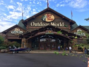 Bass Pro Shops, Is there a secret to their success